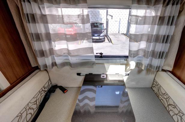 interior-autocaravana